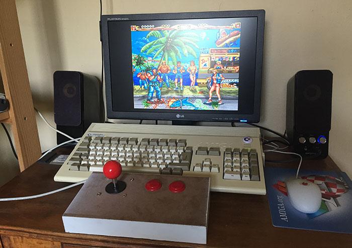 Manette Amiga arcade